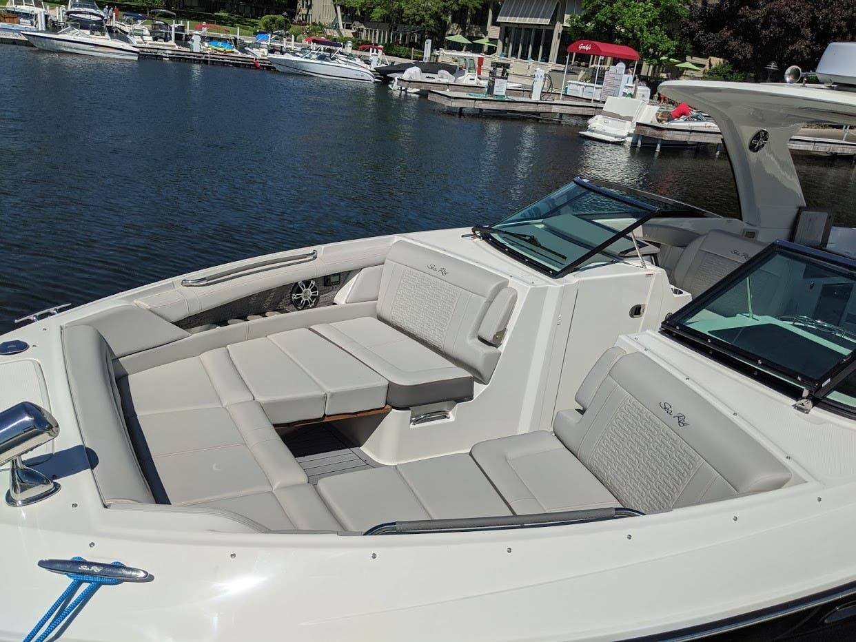 2020 Sea Ray boat for sale, model of the boat is 350SLX/R & Image # 8 of 16