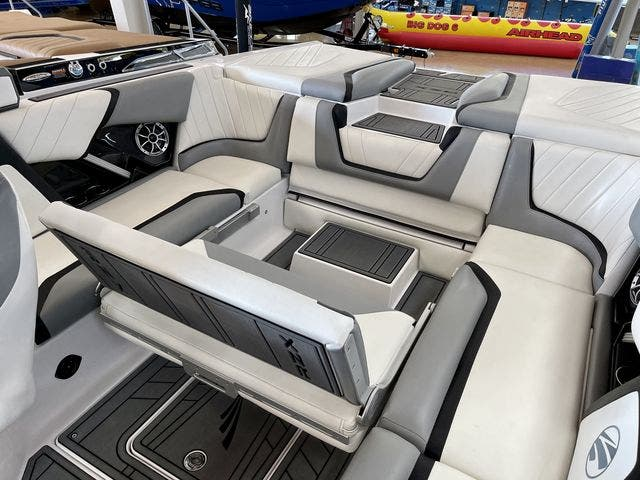 2020 Tige boat for sale, model of the boat is 22-RZX & Image # 4 of 10