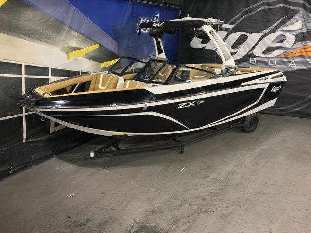 2020 Tige boat for sale, model of the boat is 23-ZX & Image # 3 of 4