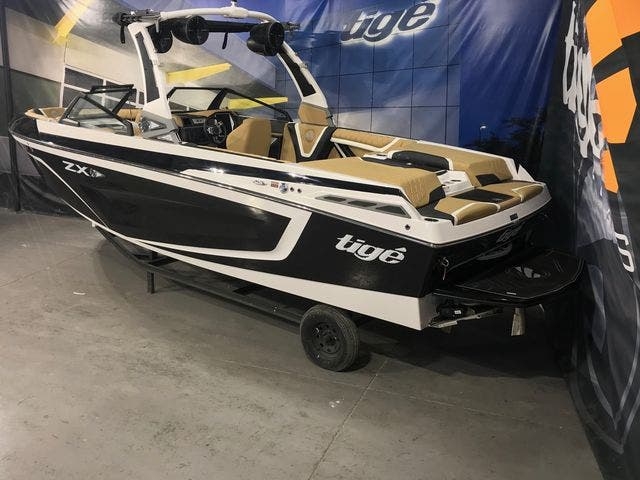 2020 Tige boat for sale, model of the boat is 23-ZX & Image # 4 of 4
