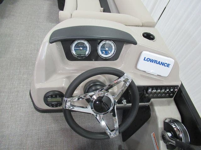 2021 Barletta boat for sale, model of the boat is C22QC & Image # 13 of 26