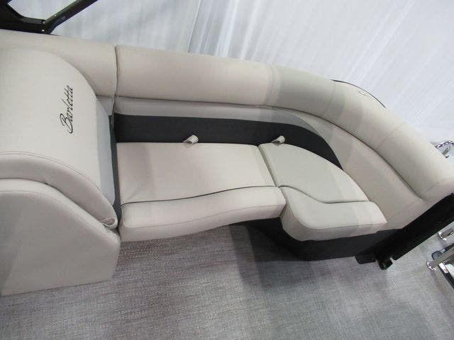 2021 Barletta boat for sale, model of the boat is C22QC & Image # 16 of 26