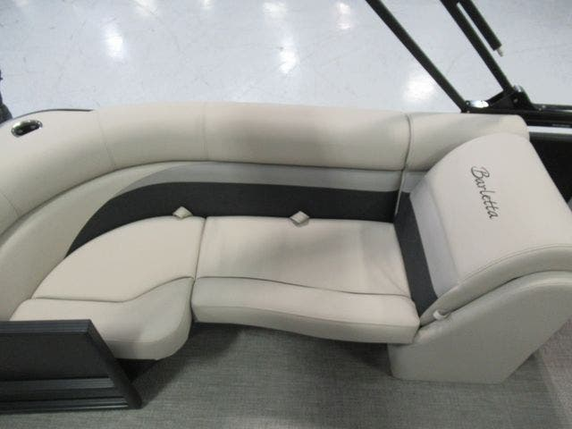 2021 Barletta boat for sale, model of the boat is C22QC & Image # 17 of 26