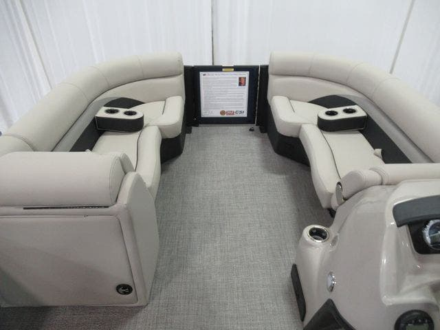 2021 Barletta boat for sale, model of the boat is C22UC & Image # 8 of 24