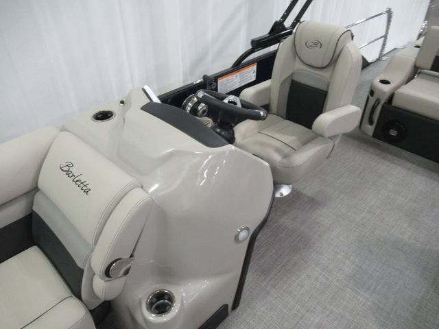 2021 Barletta boat for sale, model of the boat is C22UC & Image # 11 of 24