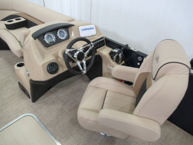 2021 Barletta boat for sale, model of the boat is C22UCTT & Image # 12 of 25