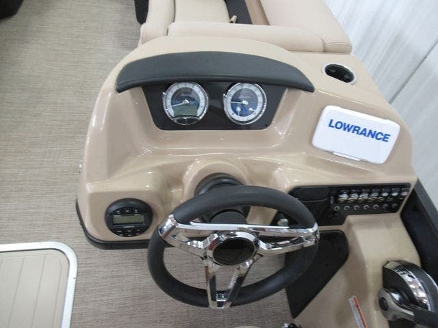 2021 Barletta boat for sale, model of the boat is C22UCTT & Image # 13 of 25