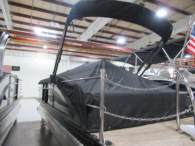 2021 Barletta boat for sale, model of the boat is C22UCTT & Image # 7 of 23