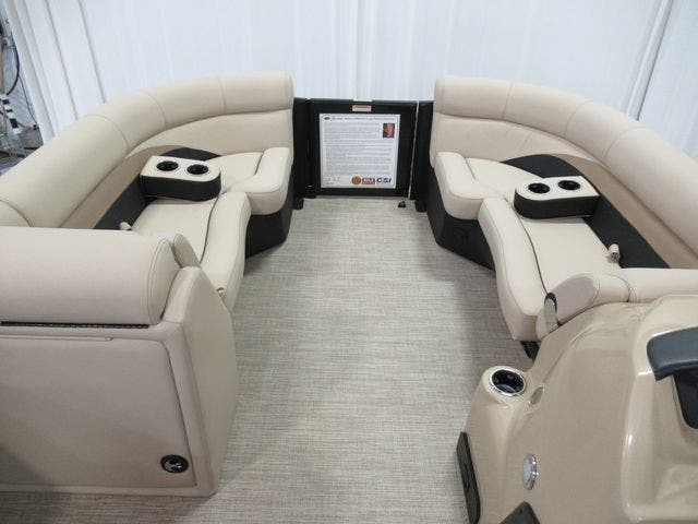 2021 Barletta boat for sale, model of the boat is C22UCTT & Image # 8 of 23