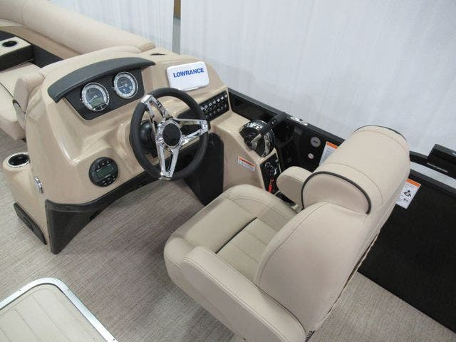 2021 Barletta boat for sale, model of the boat is C22UCTT & Image # 12 of 23