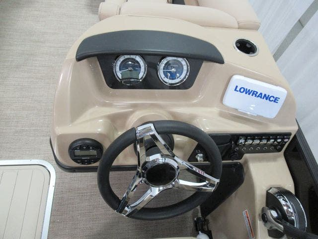 2021 Barletta boat for sale, model of the boat is C22UCTT & Image # 13 of 23