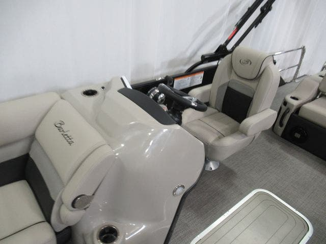 2021 Barletta boat for sale, model of the boat is C22UCTT & Image # 20 of 25