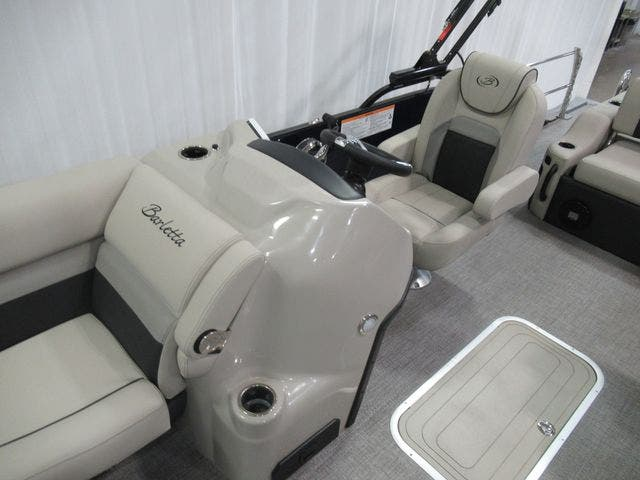 2021 Barletta boat for sale, model of the boat is C22UCTT & Image # 11 of 25