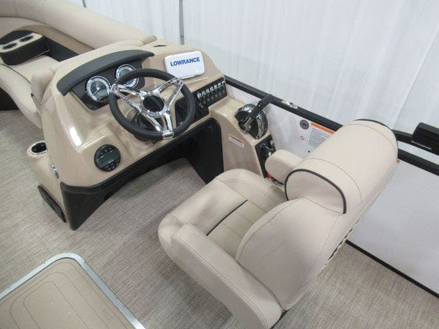 2021 Barletta boat for sale, model of the boat is C22UCTT & Image # 12 of 24