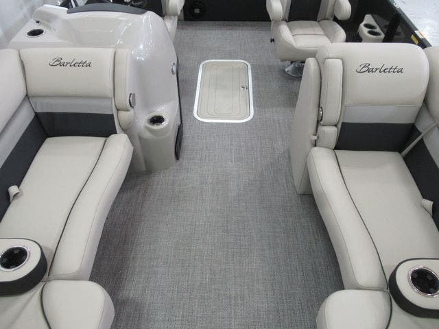 2021 Barletta boat for sale, model of the boat is C22UCTT & Image # 8 of 19
