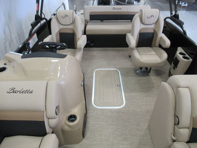 2021 Barletta boat for sale, model of the boat is C22UCTT & Image # 8 of 22