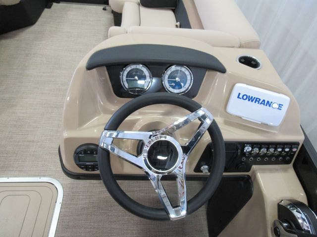 2021 Barletta boat for sale, model of the boat is C22UCTT & Image # 12 of 22