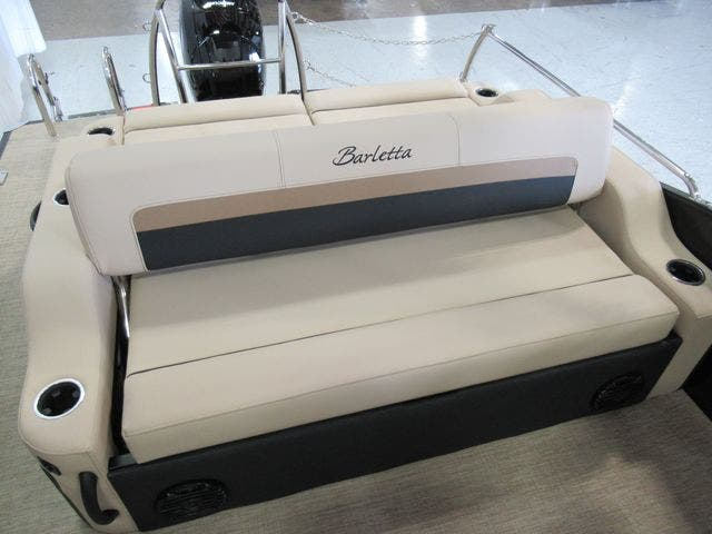 2021 Barletta boat for sale, model of the boat is C22UCTT & Image # 14 of 22