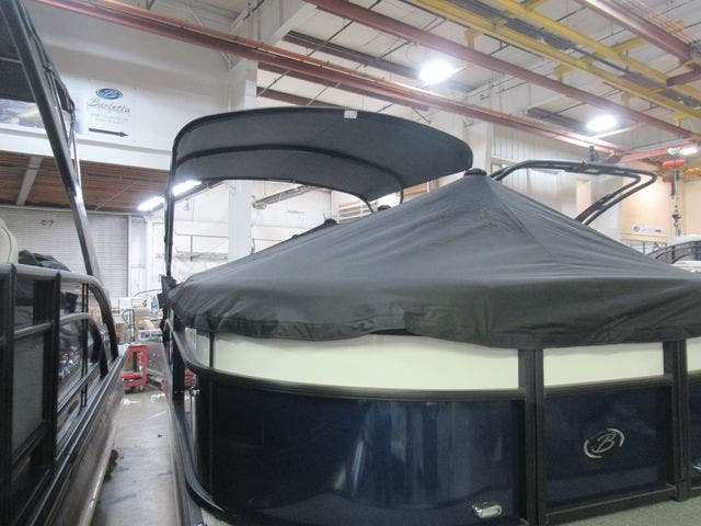 2021 Barletta boat for sale, model of the boat is C22UCTT & Image # 5 of 24