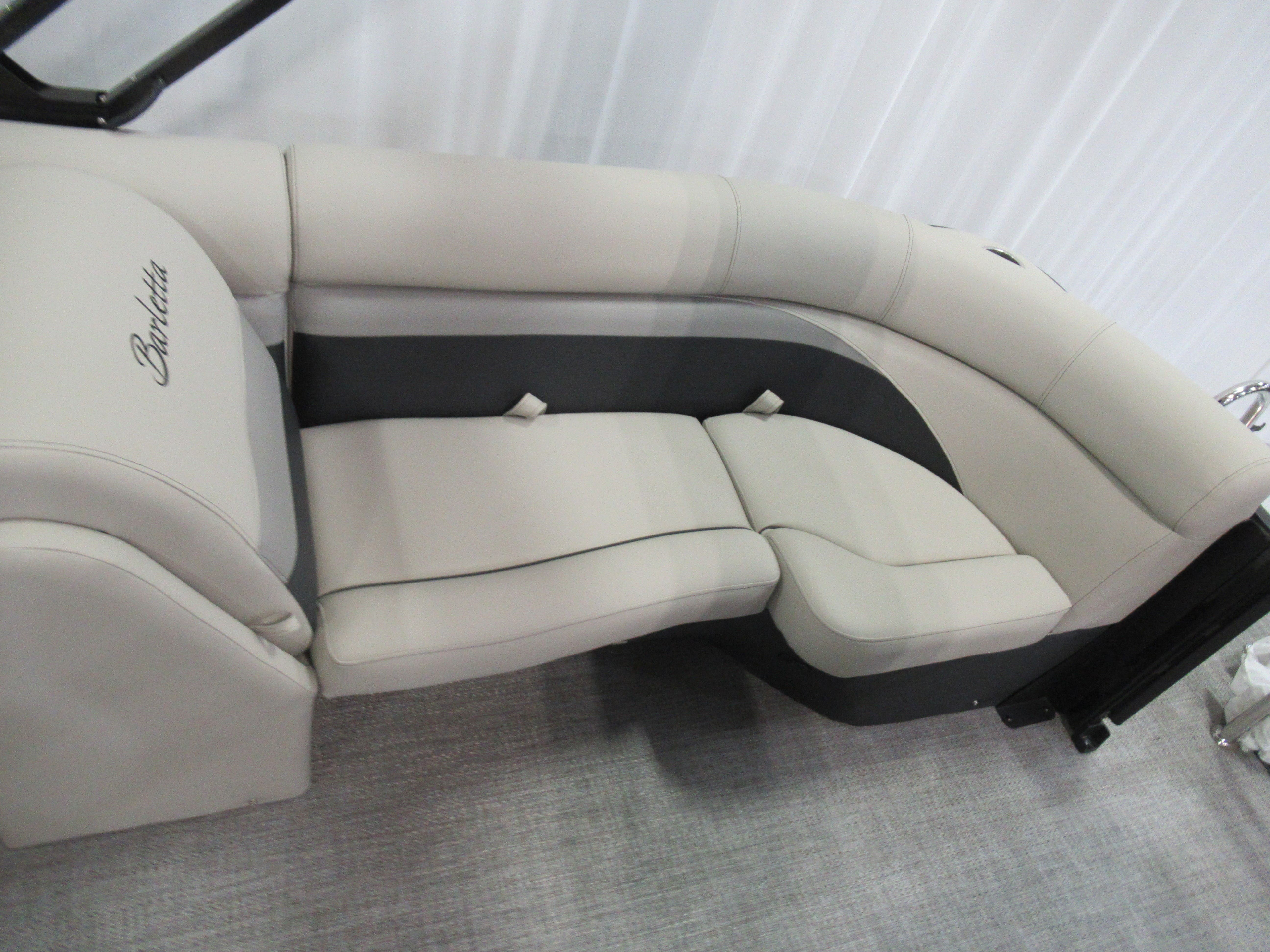 2021 Barletta boat for sale, model of the boat is C22qc & Image # 10 of 11