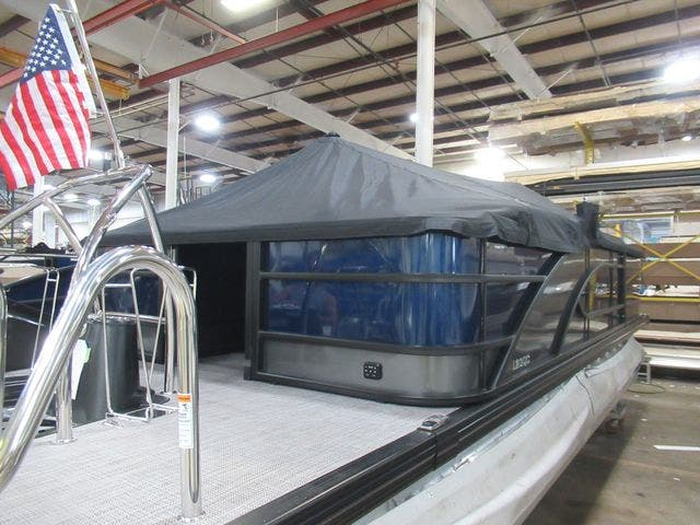 2021 Barletta boat for sale, model of the boat is L23QC & Image # 6 of 28