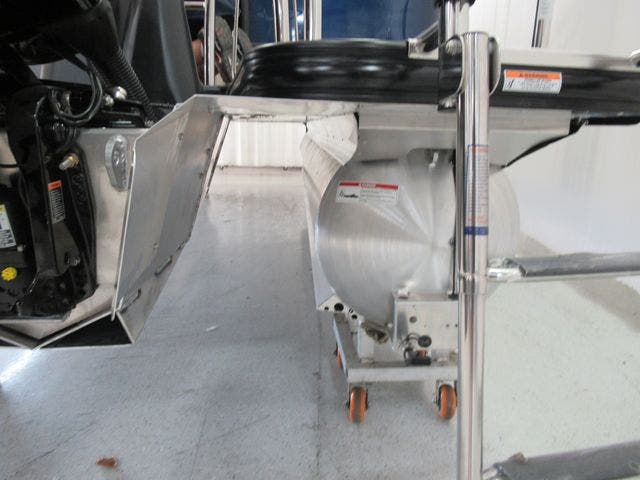 2021 Barletta boat for sale, model of the boat is L23QC & Image # 25 of 28