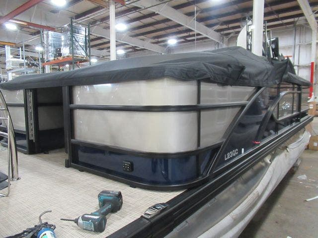 2021 Barletta boat for sale, model of the boat is L23QCTT & Image # 7 of 29