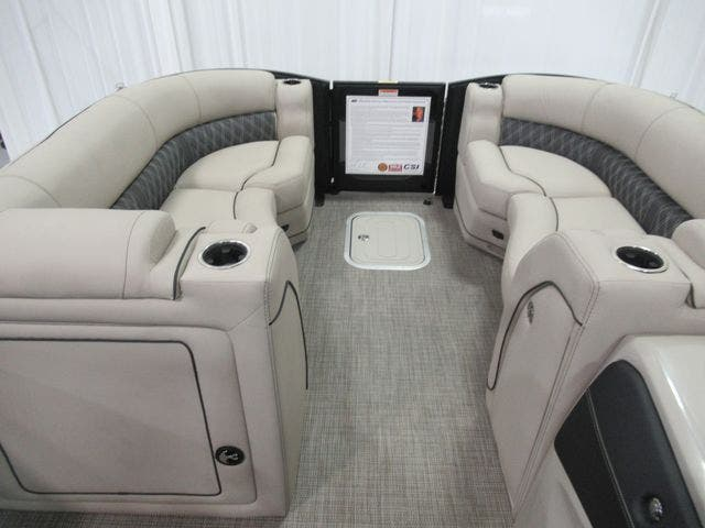 2021 Barletta boat for sale, model of the boat is L23QTT & Image # 8 of 29