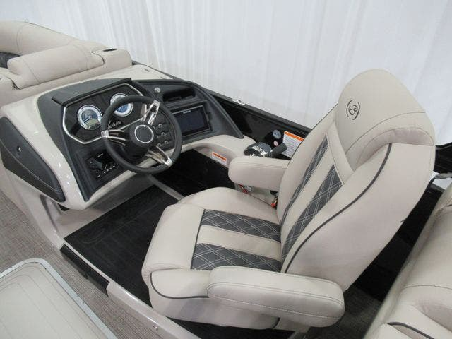 2021 Barletta boat for sale, model of the boat is L23QTT & Image # 11 of 29