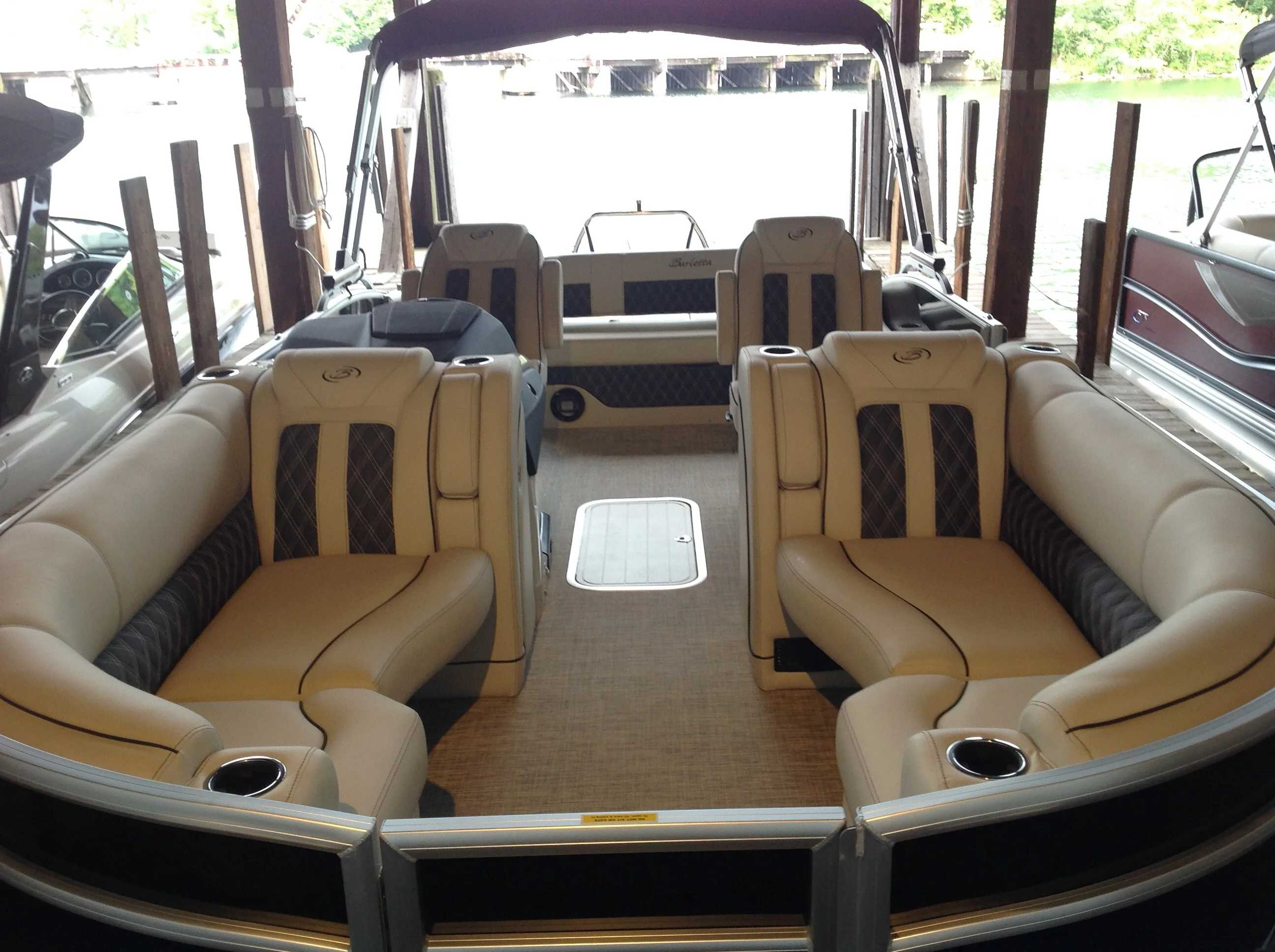 2021 Barletta boat for sale, model of the boat is L23UC & Image # 3 of 12