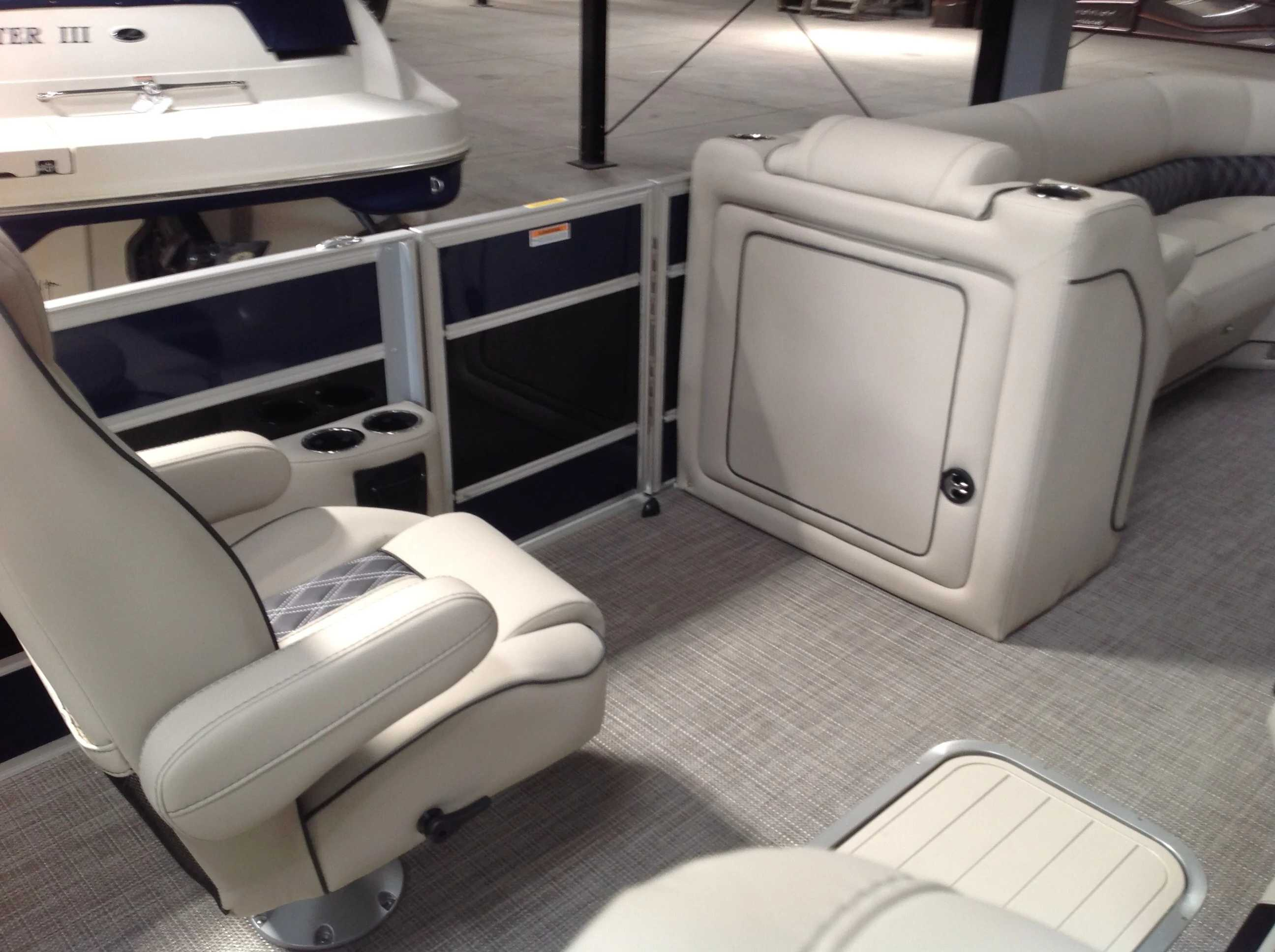 2021 Barletta boat for sale, model of the boat is L25UC & Image # 9 of 17