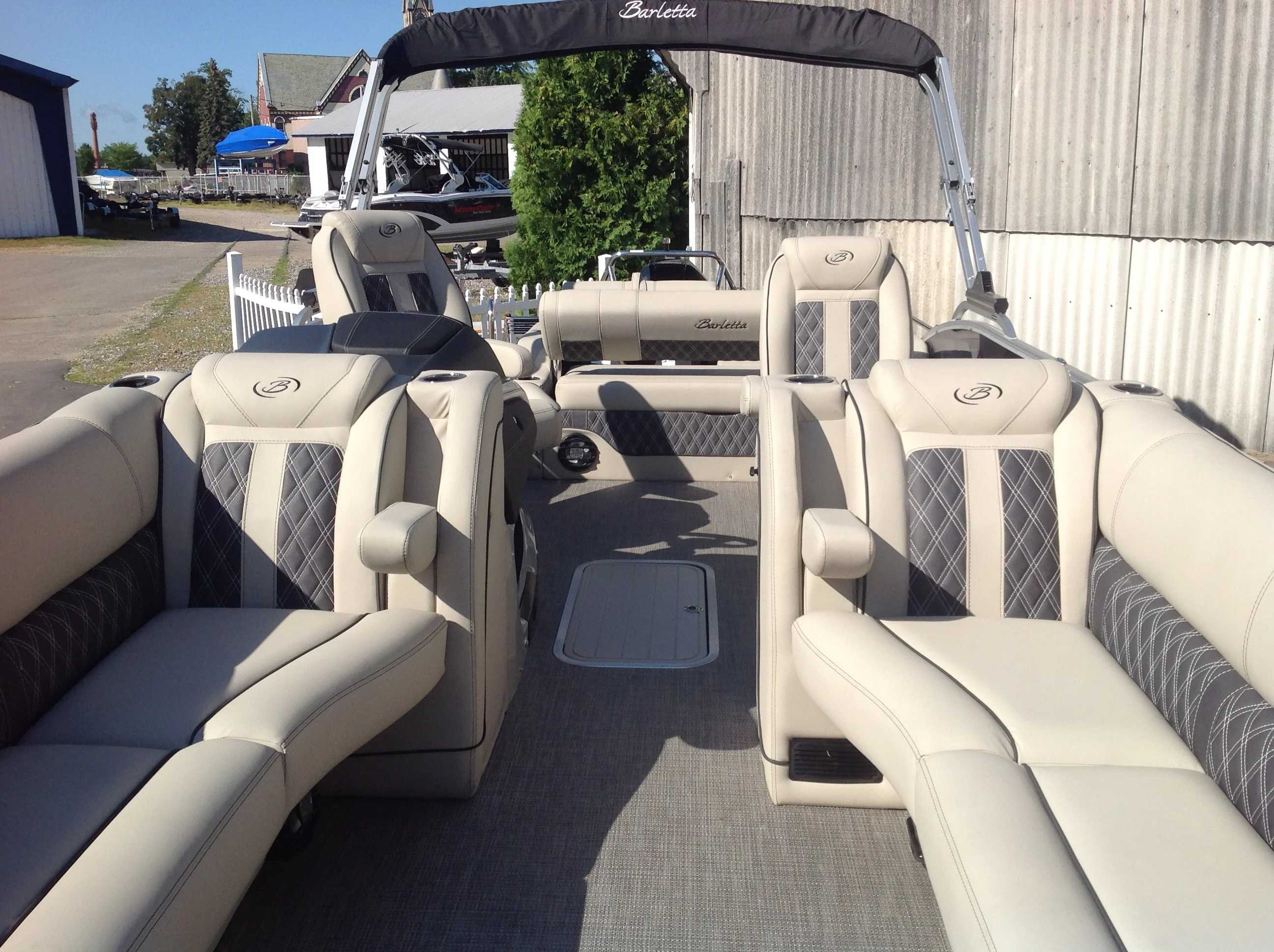 2021 Barletta boat for sale, model of the boat is L25UC & Image # 4 of 17