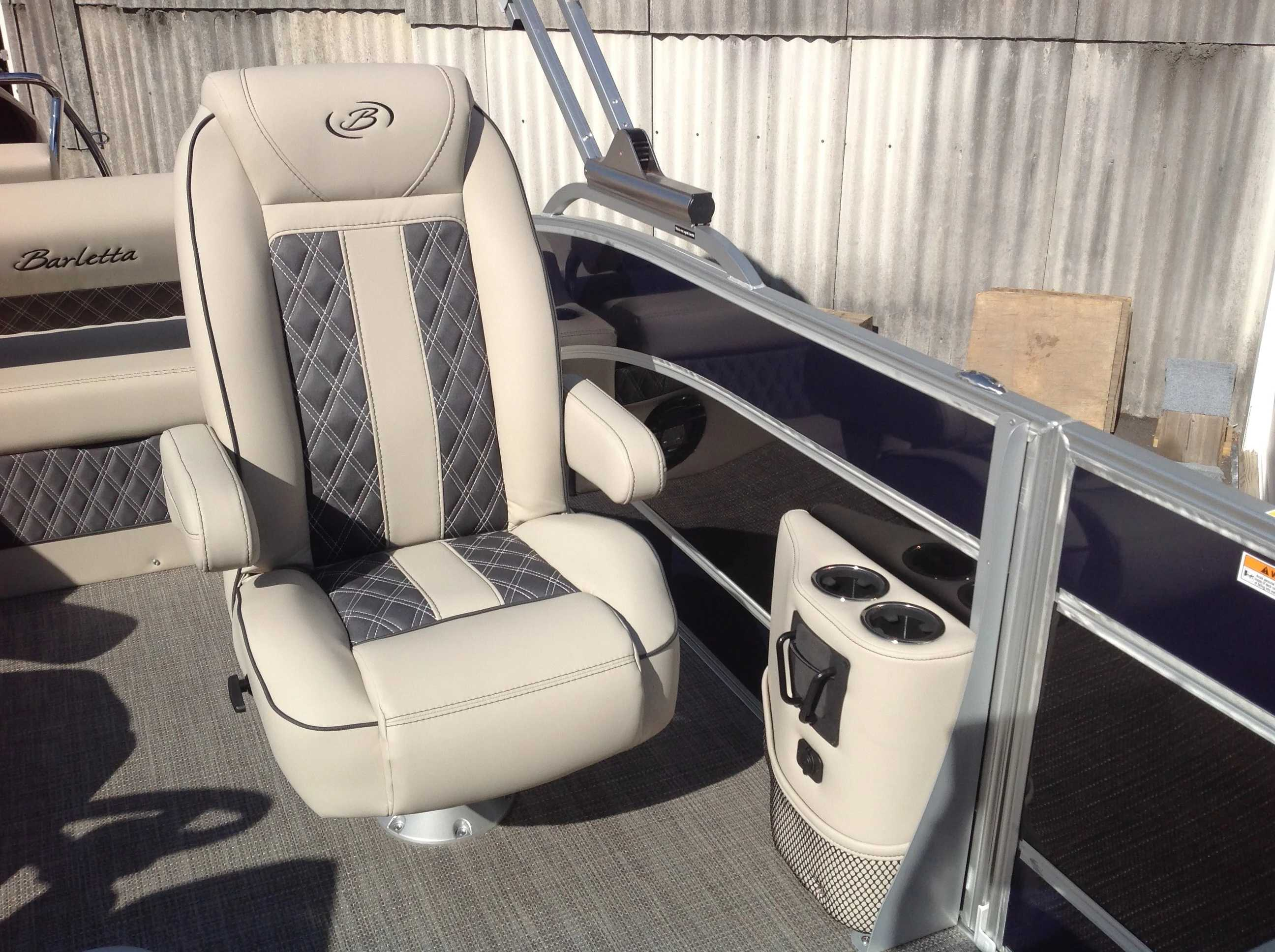 2021 Barletta boat for sale, model of the boat is L25UC & Image # 10 of 17