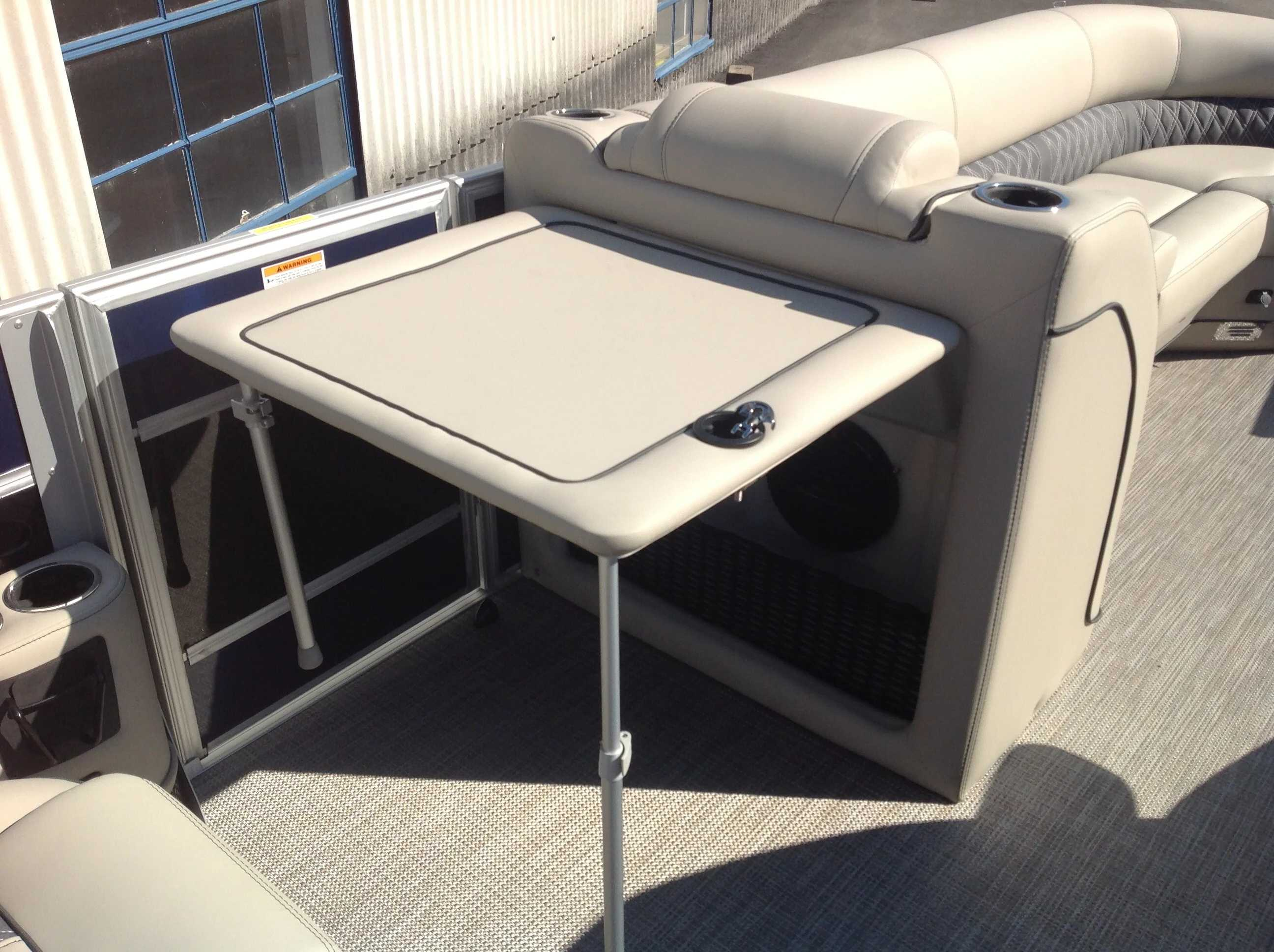 2021 Barletta boat for sale, model of the boat is L25UC & Image # 11 of 17