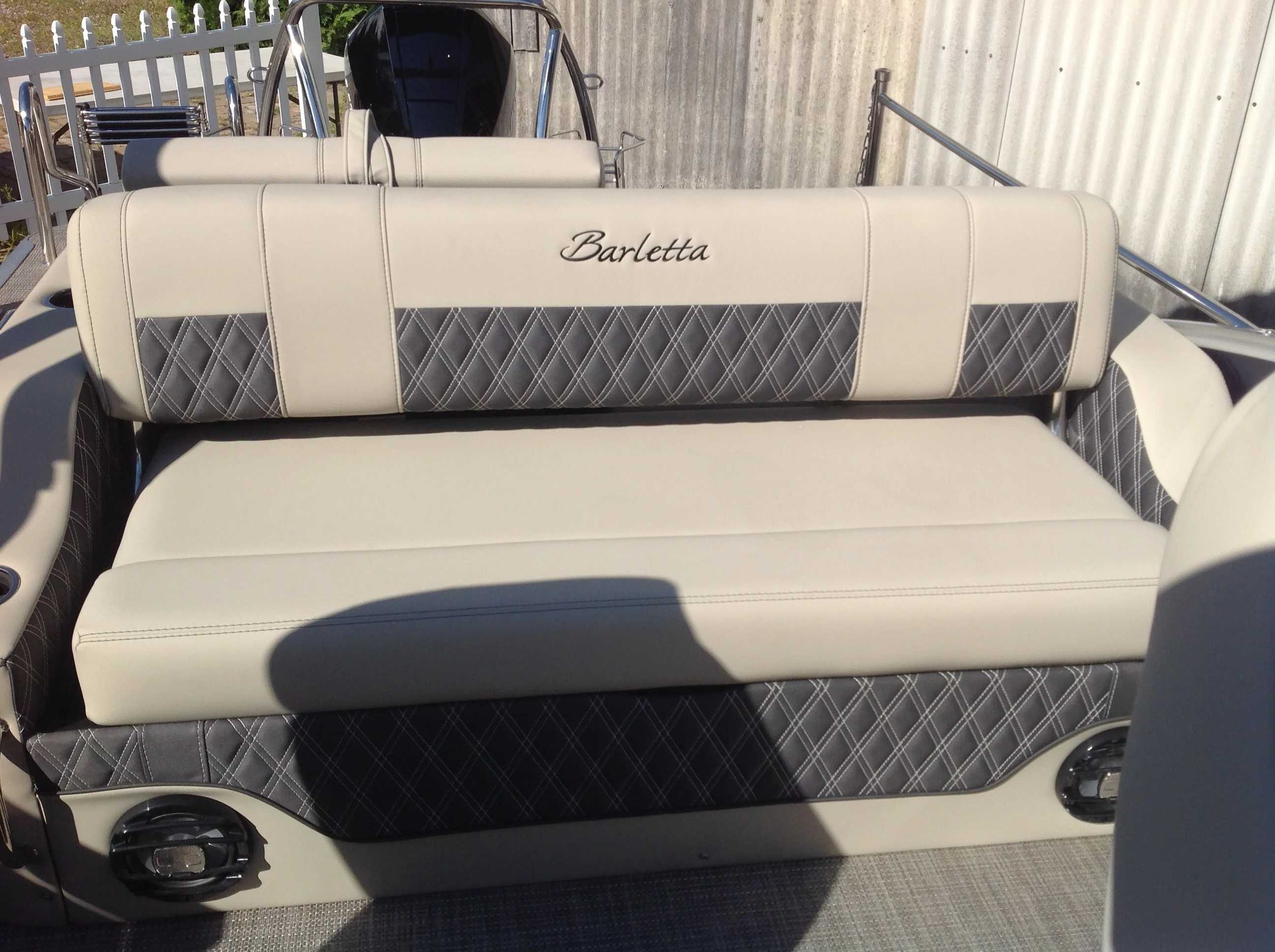 2021 Barletta boat for sale, model of the boat is L25UC & Image # 12 of 17