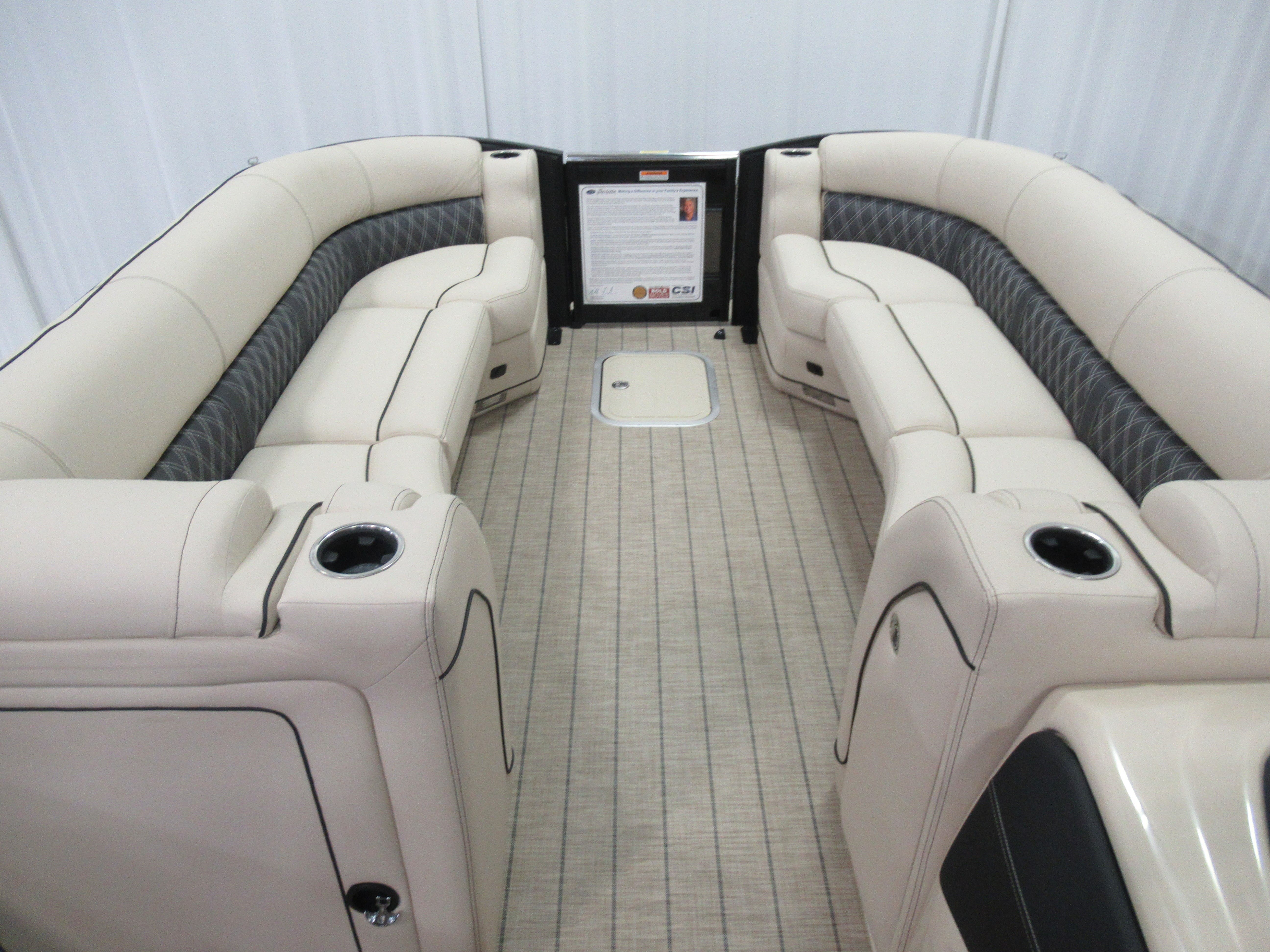 2021 Barletta boat for sale, model of the boat is L25uc & Image # 4 of 11