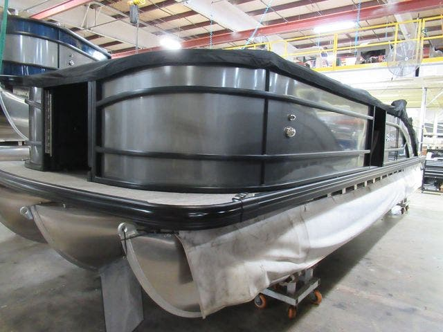 2021 Barletta boat for sale, model of the boat is L25UCTT & Image # 4 of 28