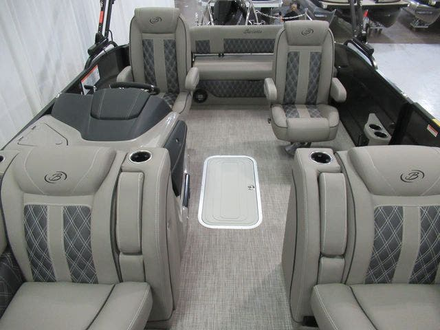 2021 Barletta boat for sale, model of the boat is L25UCTT & Image # 9 of 28