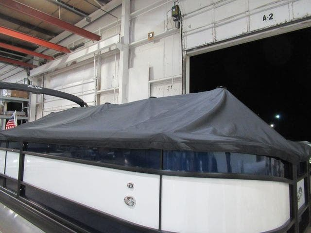 2021 Barletta boat for sale, model of the boat is L25UCTT & Image # 5 of 25