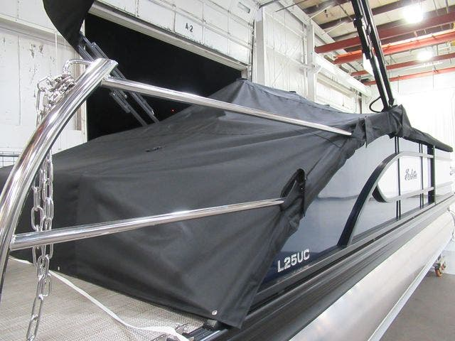 2021 Barletta boat for sale, model of the boat is L25UCTT & Image # 7 of 25