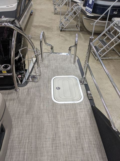 2021 Barletta boat for sale, model of the boat is L25UETT & Image # 3 of 12