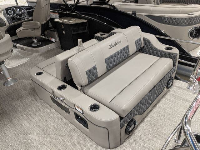 2021 Barletta boat for sale, model of the boat is L25UETT & Image # 5 of 12