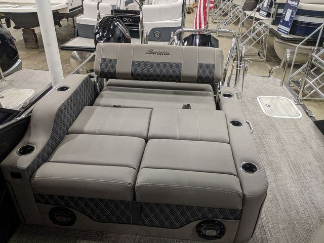 2021 Barletta boat for sale, model of the boat is L25UETT & Image # 9 of 12