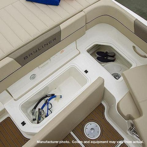 2021 Bayliner boat for sale, model of the boat is 20-VR5 & Image # 27 of 43