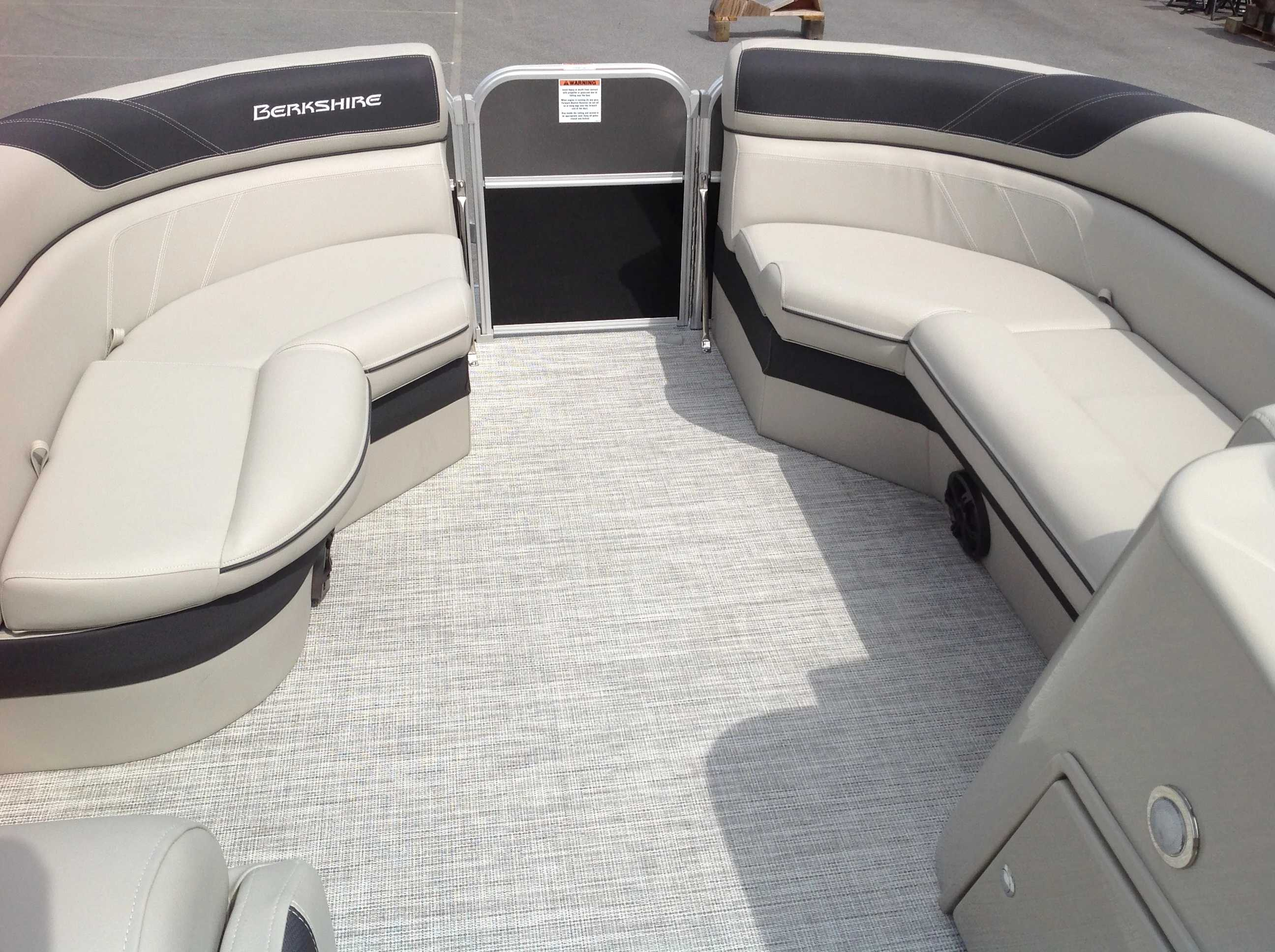 2021 Berkshire Pontoons boat for sale, model of the boat is 20cl Le & Image # 3 of 13