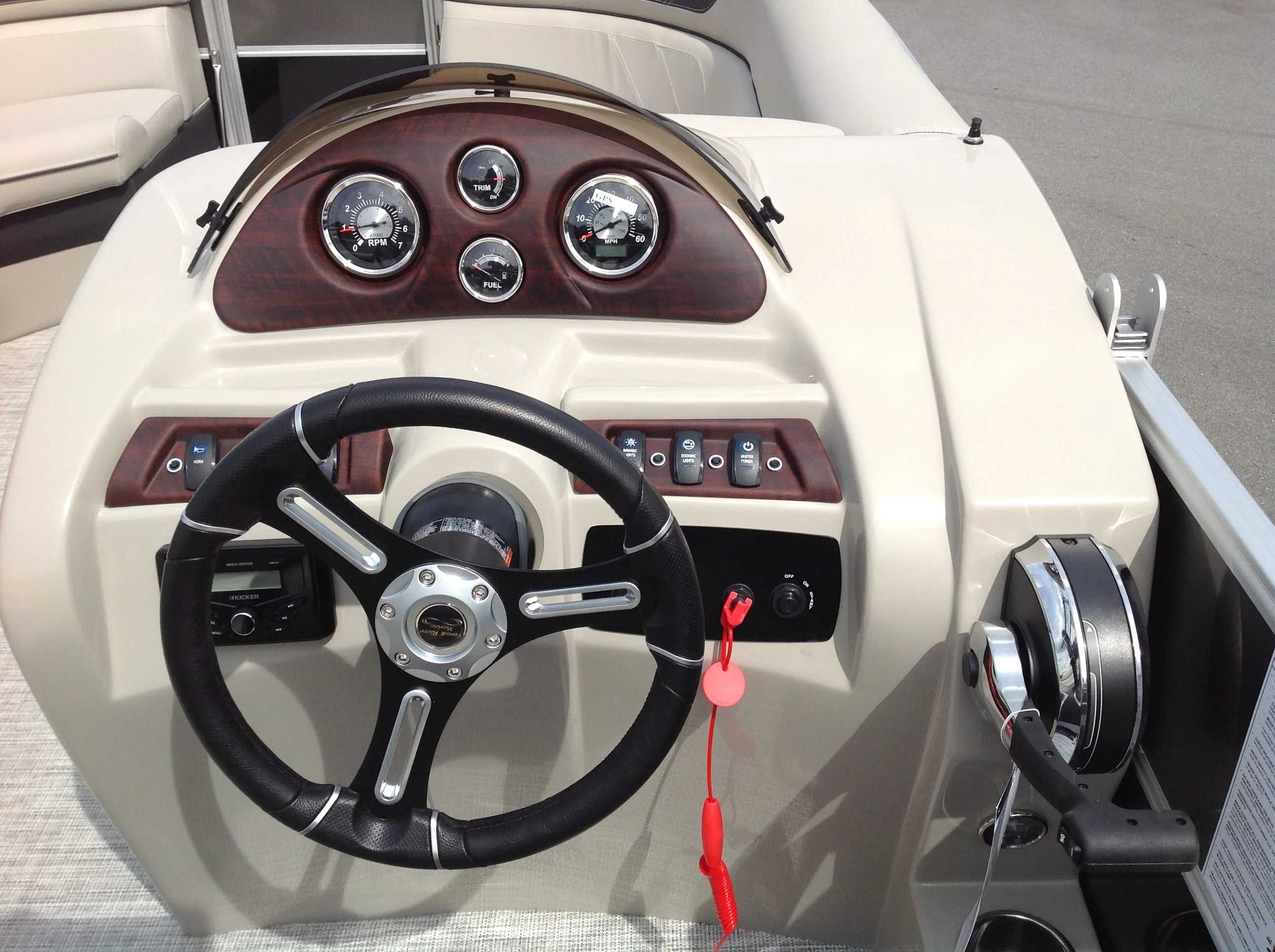 2021 Berkshire Pontoons boat for sale, model of the boat is 20cl Le & Image # 5 of 13