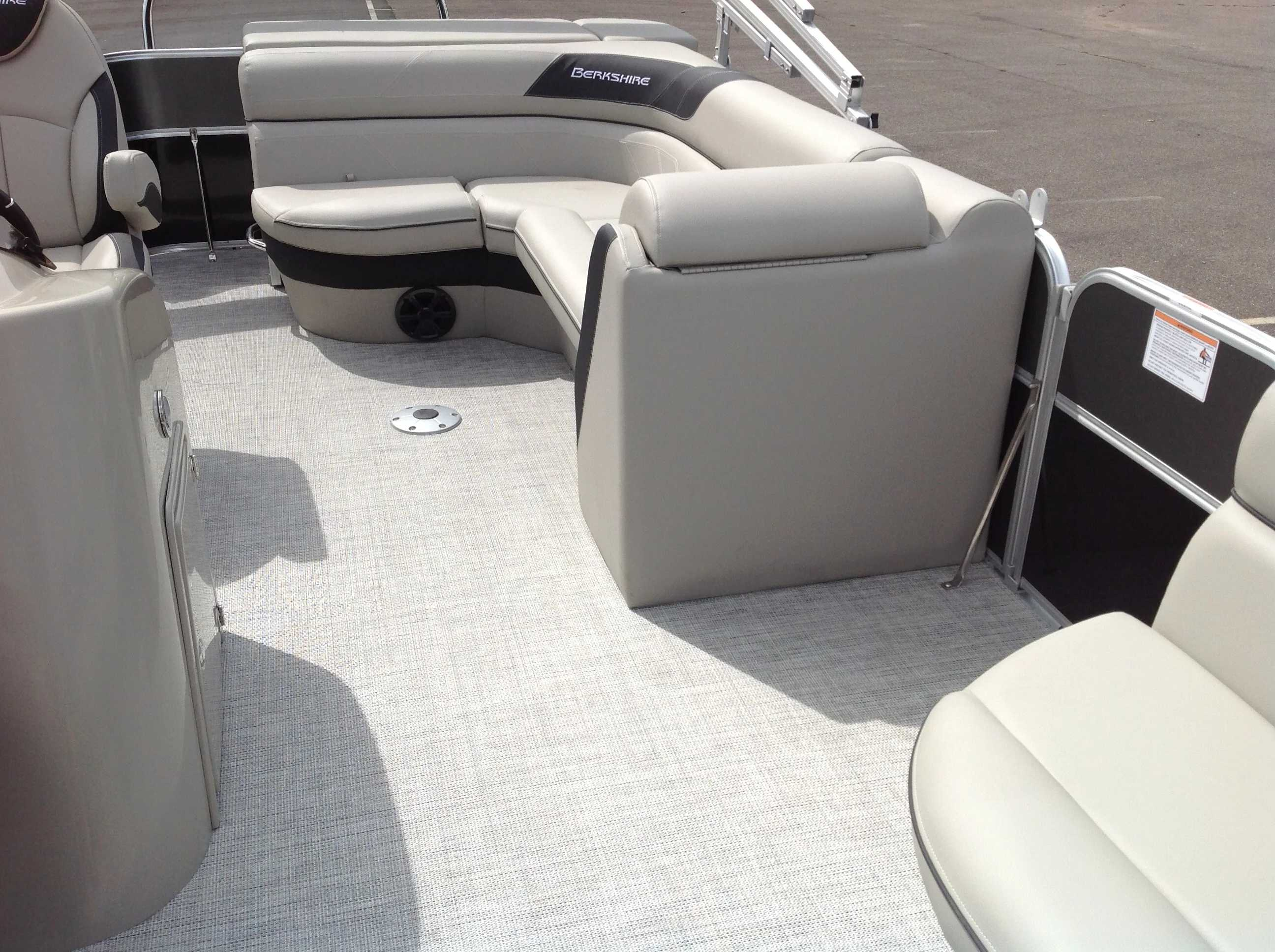 2021 Berkshire Pontoons boat for sale, model of the boat is 20cl Le & Image # 7 of 13