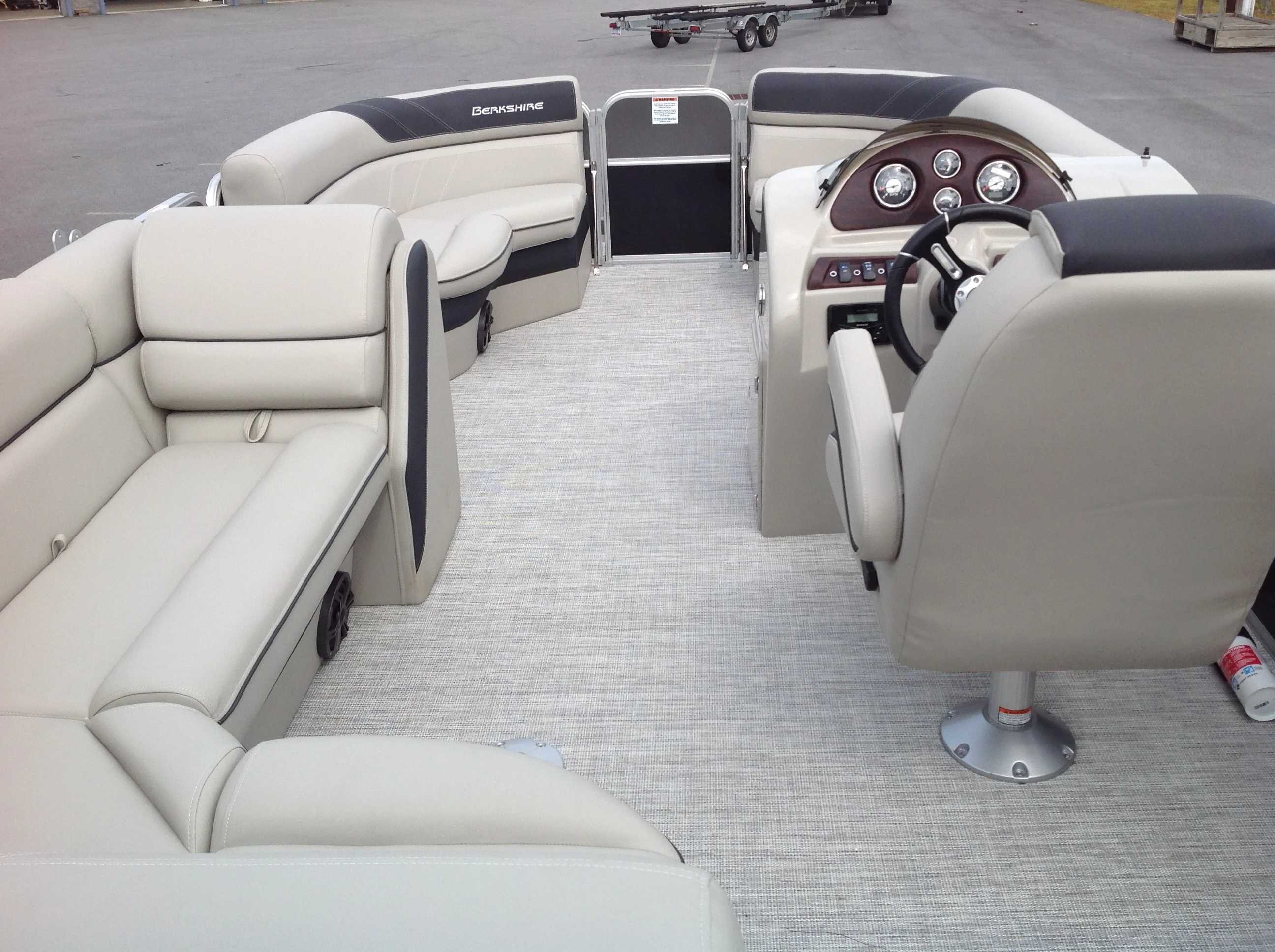 2021 Berkshire Pontoons boat for sale, model of the boat is 20cl Le & Image # 10 of 13