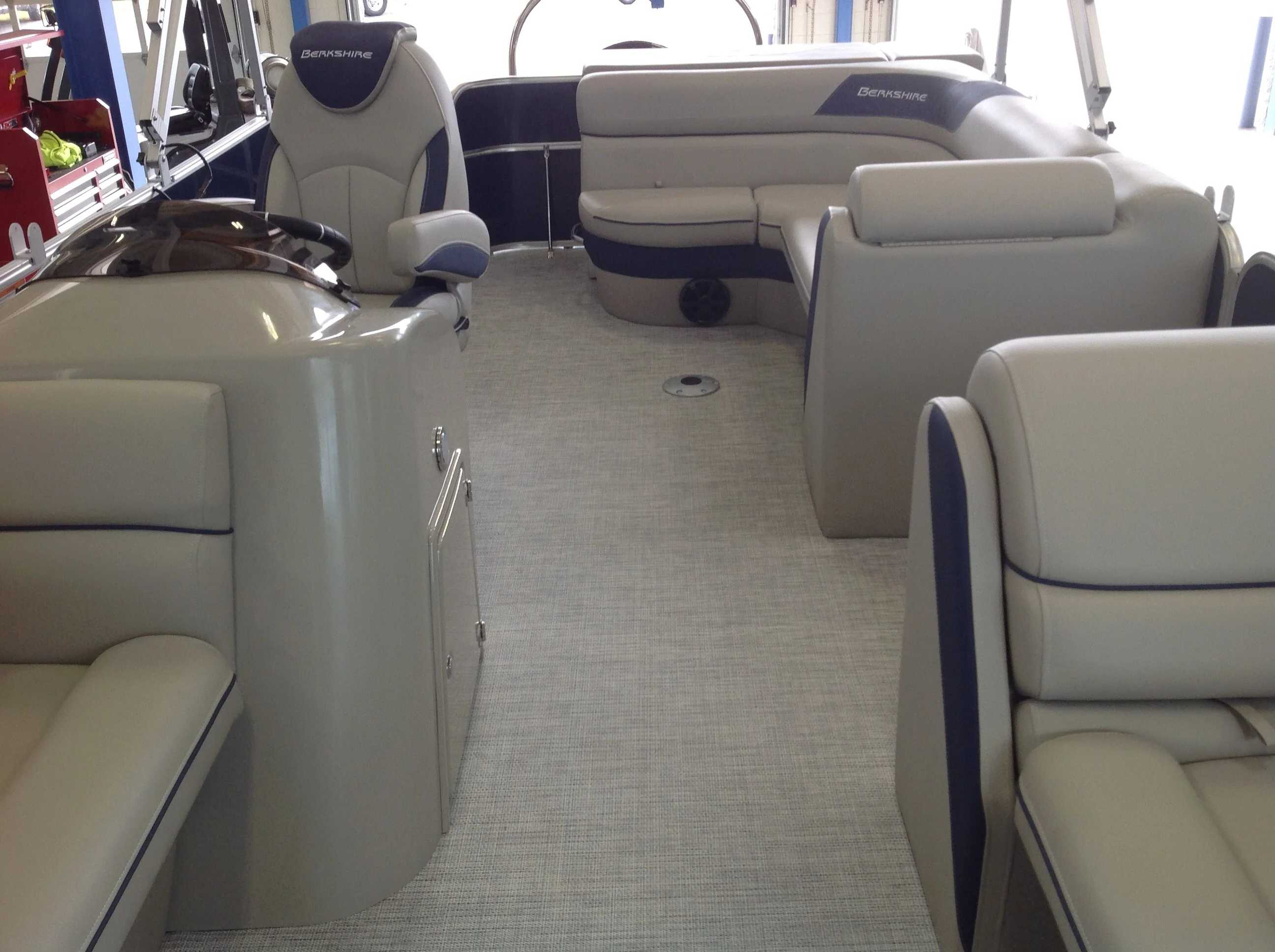2021 Berkshire Pontoons boat for sale, model of the boat is 22cl Le & Image # 8 of 11