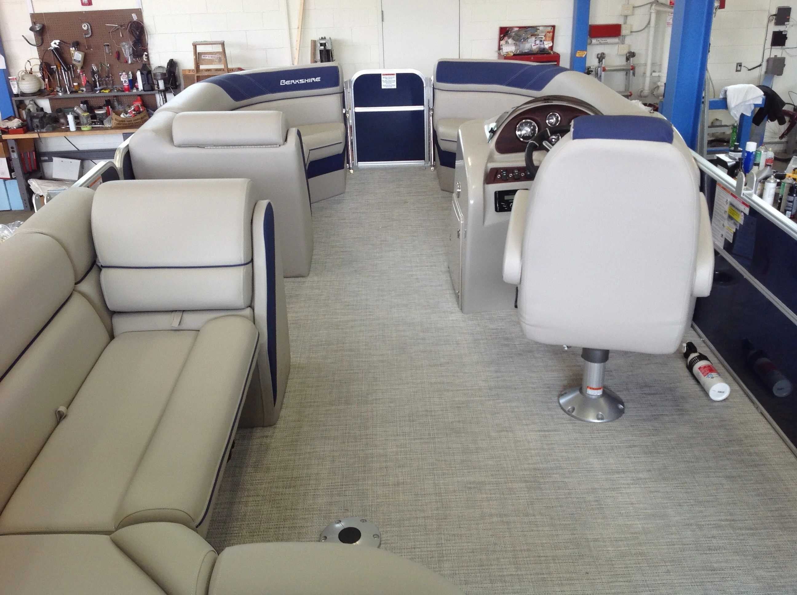 2021 Berkshire Pontoons boat for sale, model of the boat is 22cl Le & Image # 9 of 11